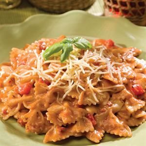 0002488 Creamy Tuscan Pasta With Sundried Tomatoes Bakers Dozen 13 300 2