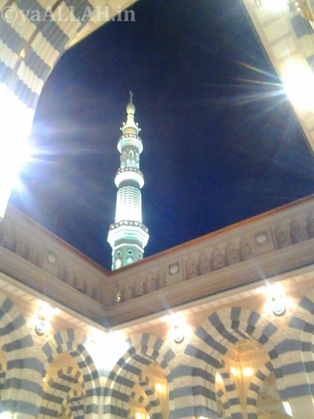 Masjid Nabawi Wallpaper At Night_yaALLAH.in_16
