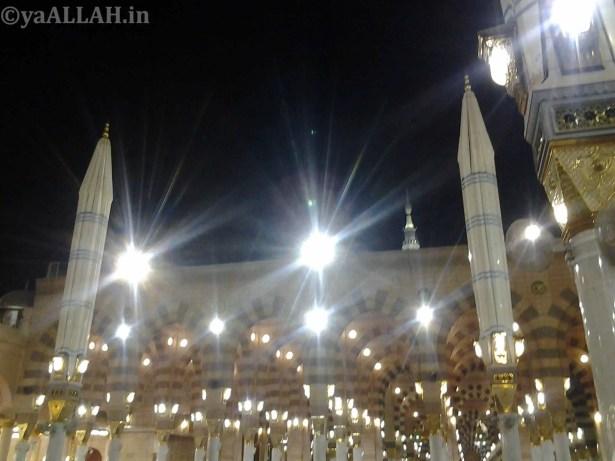 Masjid Nabawi Wallpaper At Night_yaALLAH.in_24