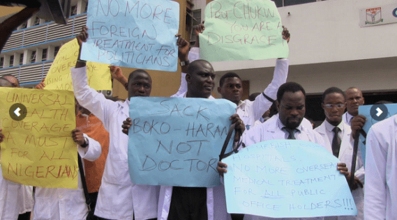 doctors-students-protest-04