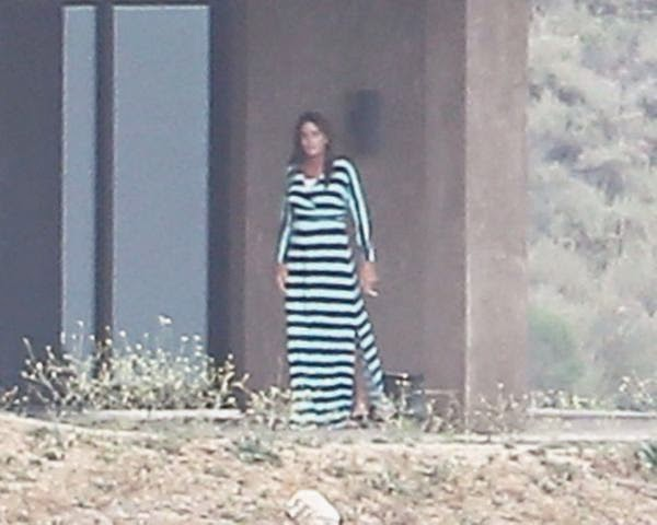 Cops Hunt Paparazzi Who Took Photos Of Bruce Jenner In A Dress