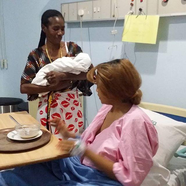 diamond platnumz and his girlfriend zari welcomes baby girl