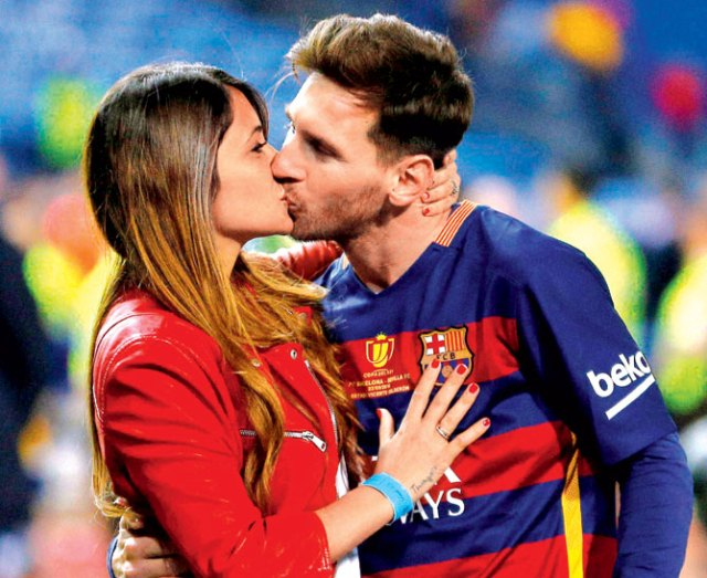 messi-and-girlfriend