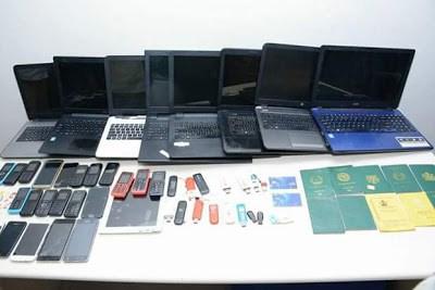 10 nigerians arrested