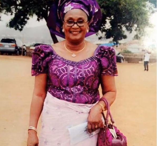 2face celebrates mum's birthday
