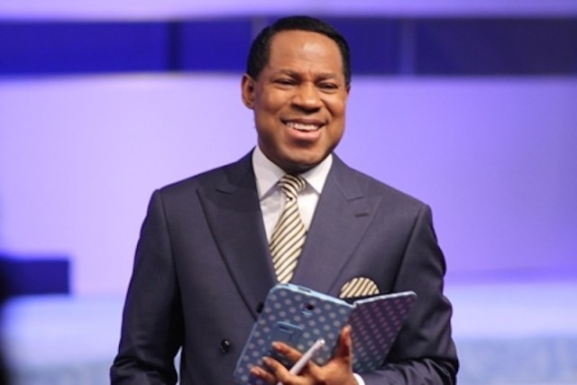 Pastor Chris Oyakhilome - Pastor Chris Oyakhilome gifted with private jet from members of his church