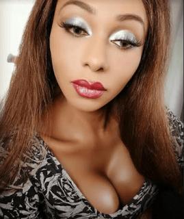 Nigerian Men begs Transgender