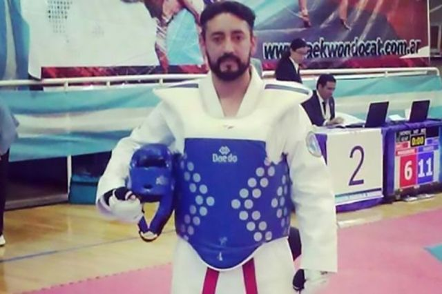 Taekwondo Champion Sell Kidney