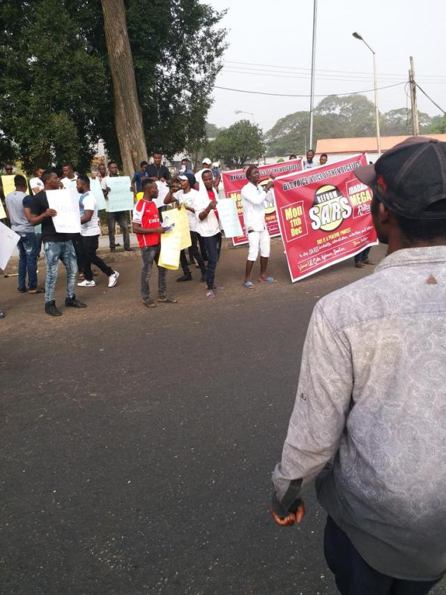 DQwMVhXVoAAjGg9 - See Photos From The #EndSARS Nationwide Protest