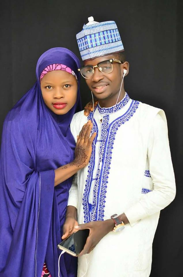 Hausa young couple4 - Viral Photos Of A Young Hausa Couple.
