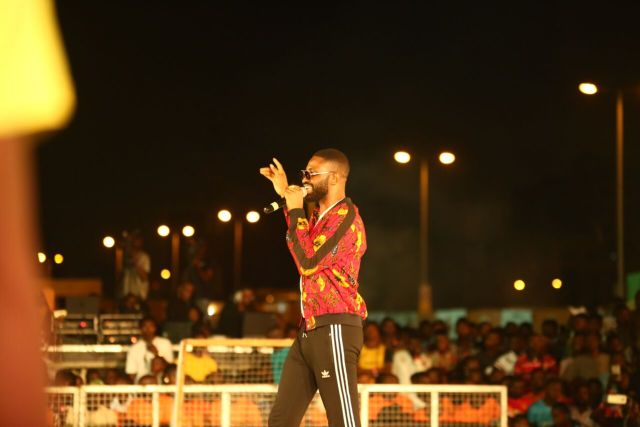 MCFC18 - Davido, Runtown, Mr. P, Niniola, Oritsefemi, 9ice, Olu Maintain, Falz & more Shutdown Barbeach at the Merrybet Celebrity Fans Challenge Event