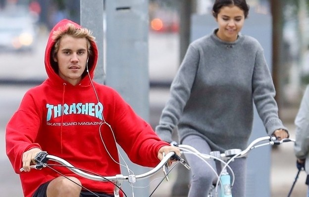 Selena Gomez Confirms Relationship With Justin Bieber