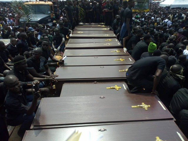 mass burial 01 - Photos from the mass burial for the 75 victims of the Fulani herdsmen attack in Benue