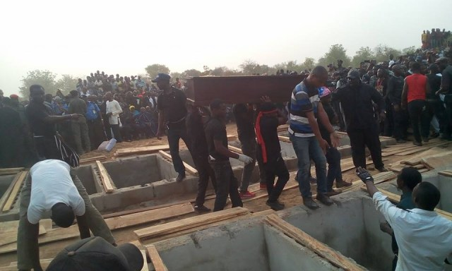 mass burial 05 - Photos from the mass burial for the 75 victims of the Fulani herdsmen attack in Benue