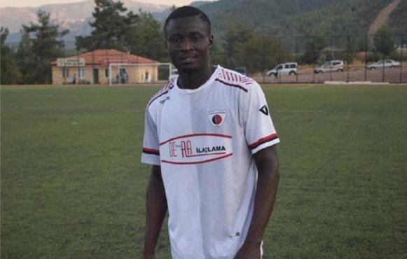 Nigerian Footballer Reportedly Dies