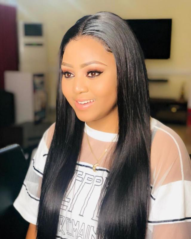 E-Money gifts Regina Daniels