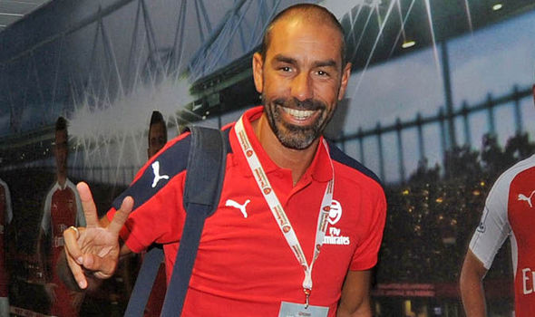 Pires backs former teammate