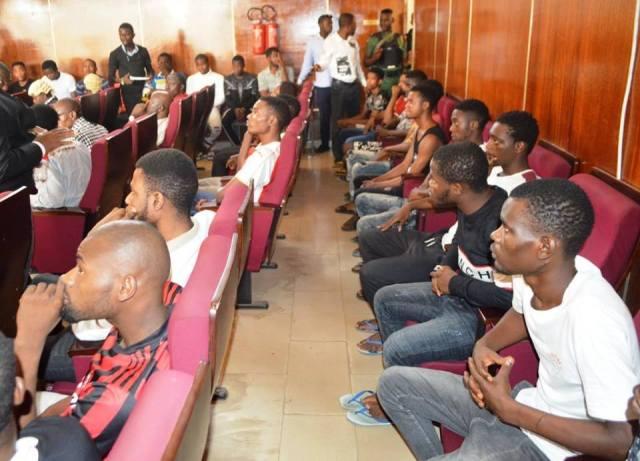 EFCC arraigns 24 yahoo boys