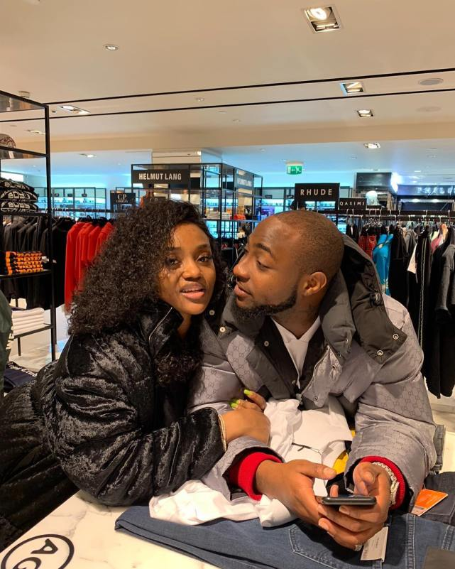 New Loved-up photos of Davido and Chioma