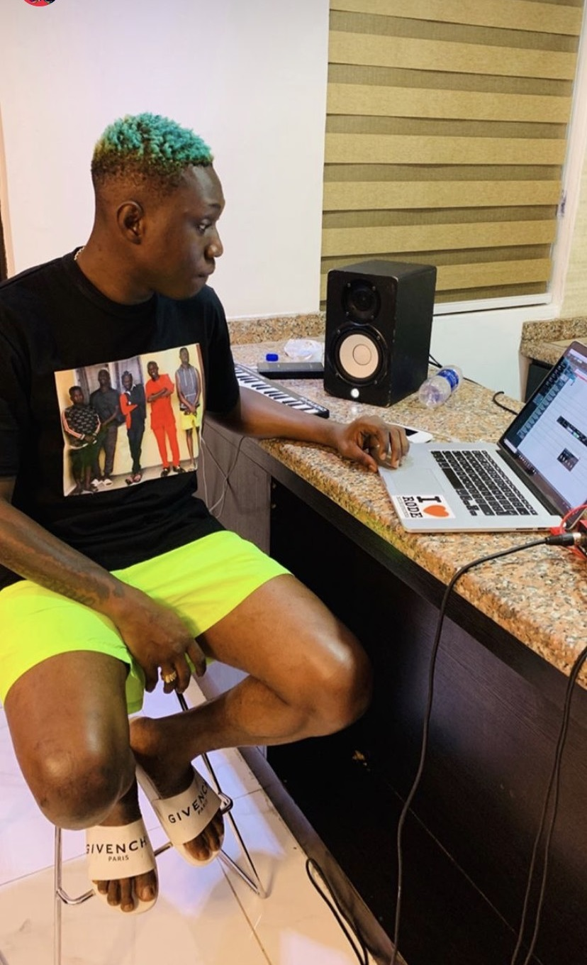 Marlians: Zlatan Ibile Finally Speaks After His Arrest By Efcc Prints Mugshot On His T-shirt