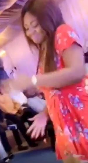 Regina Daniels flaunts baby bump