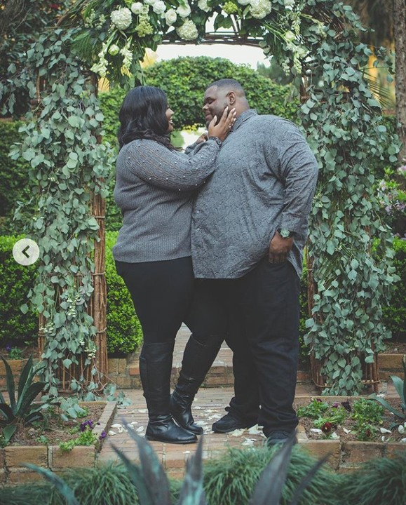 plus-sized couple
