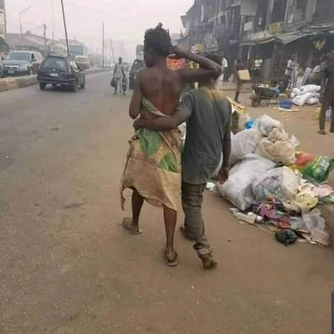 Photos: Mentally- challenged couple spotted celebrating Valentine's Day in Edo 5