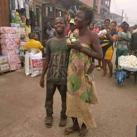 Photos: Mentally- challenged couple spotted celebrating Valentine's Day in Edo 1