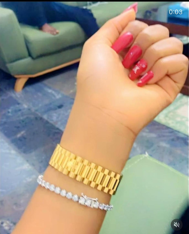 Regina Daniels flaunts luxury