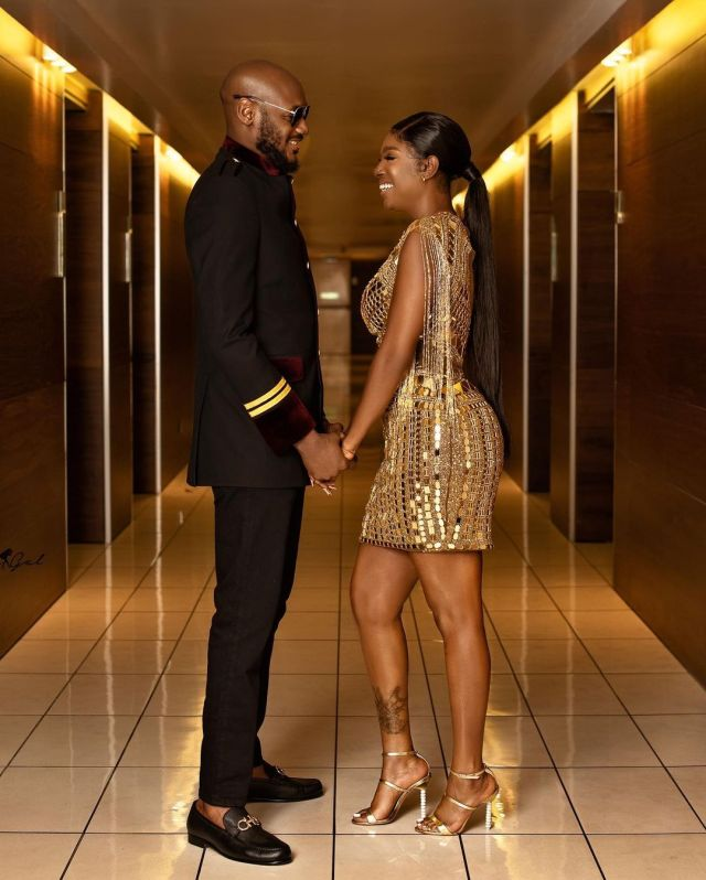 Nigerians reacts to old video of singer, 2baba crying uncontrollably after his wife, Annie and baby mama, Pero reconciled (Video)