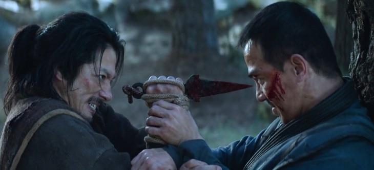 Belati Kunai Hanzo Hasashi - Benda-benda Unik di Film Mortal Kombat 2021
