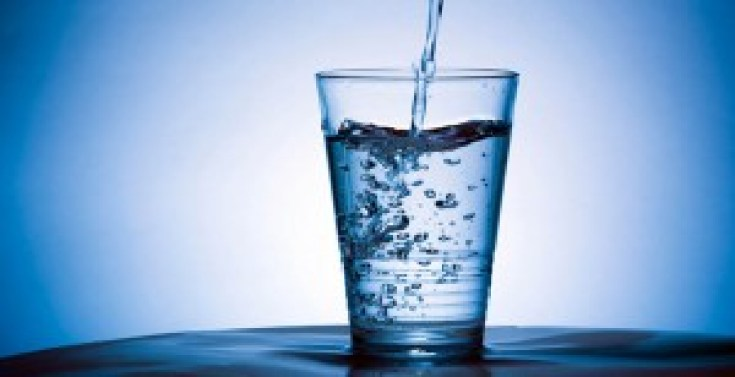 11 amazing health benefits of warm water will shock you
