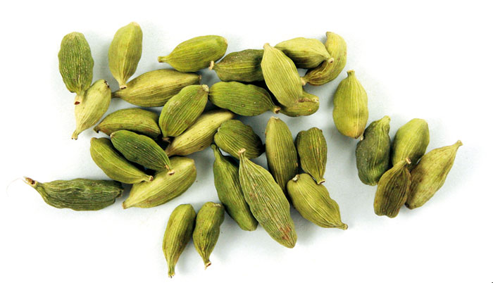 7 Health Benefits Of Cardamom