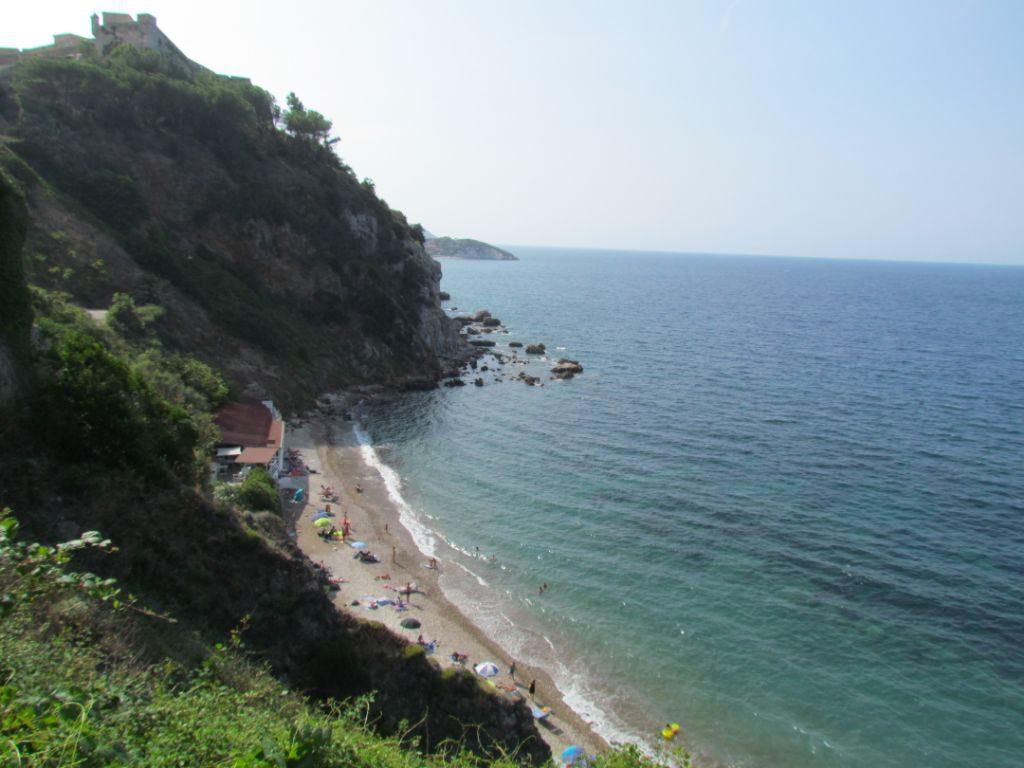 There are plenty of hidden away beaches around the Elba coast