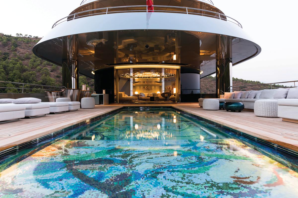 Feadship SAVANNAH Smashes The Mold Yachts International