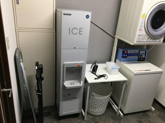キューブアイスディスペンサー(製氷機)