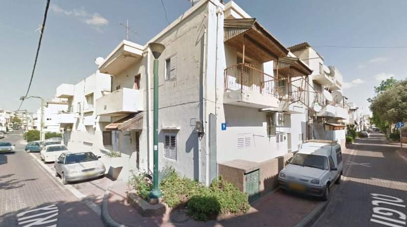בנין בן 3 יחידות דיור בשכונת התקווה
