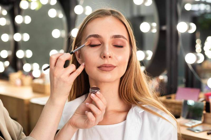 On-Screen Makeup Tips and Insights from a Professional Makeup Artist