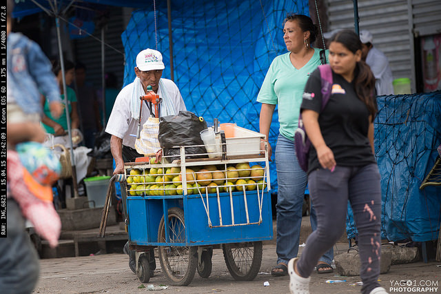 SantaCruzDeLaSierra Mobile Fresh Orange Fruit Juice