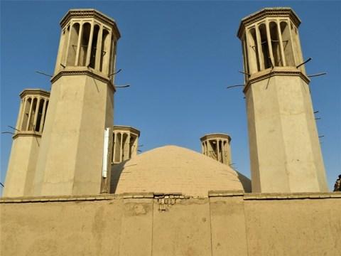 Iran Yazd tours de vent