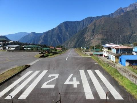 Népal Trek de l'Everest aéroport Lukla
