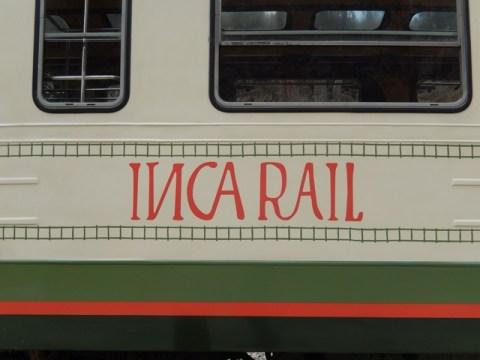 Pérou Vallée Sacrée des Incas train Ollantaytambo