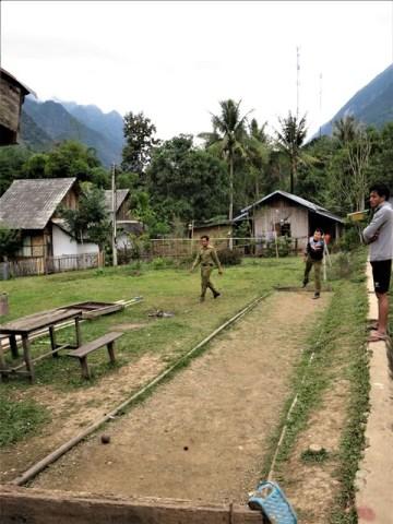 Laos Muang Ngoi pétanque