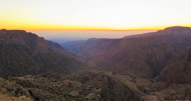 Jordanie vallée de dana coucher de soleil