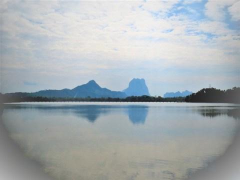 Myanmar Hpa-An lac mont Zwe Ga Bin