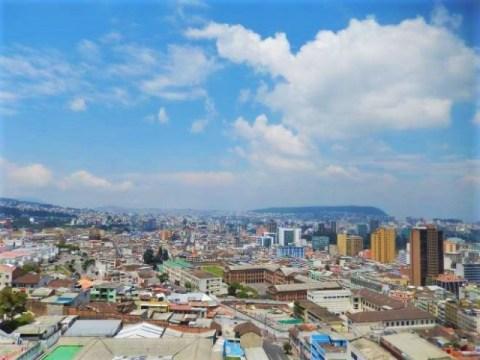 Equateur Quito Basilica del Voto Nacional