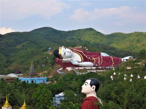 Myanmar Mawlamyine Bouddha couché Bouddhas Win Sein
