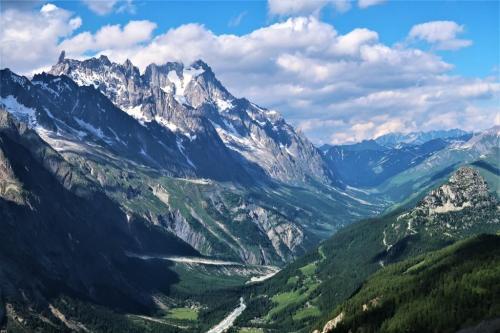 Trek du Tour du Mont Blanc Grandes Jorasses