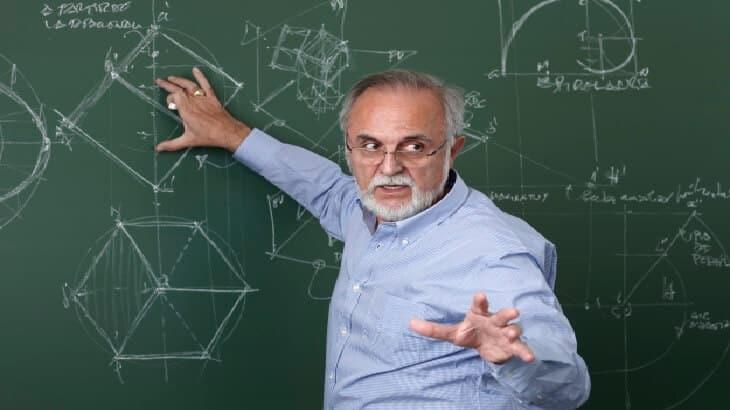 موضوع تعبير عن فضل المعلم بالعناصر