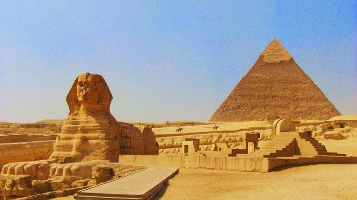 موضوع تعبير عن جمال مصر وآثارها وواجبنا نحوها